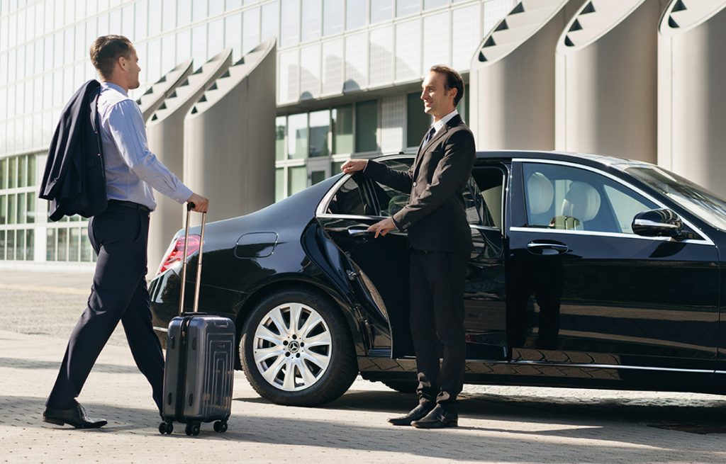 Paying For a Limo Ride With an Expense Account