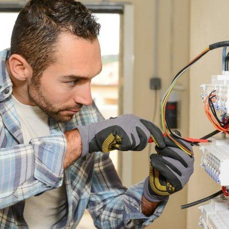 Electrician InClayton, DE -Strategies To Grow Electronic Business